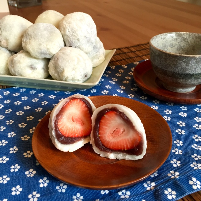 strawberry_daifuku_mochi_2