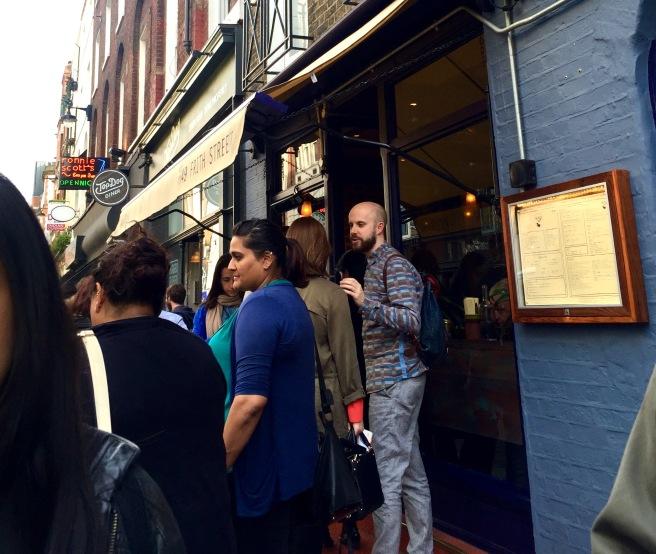 Hoppers_queue