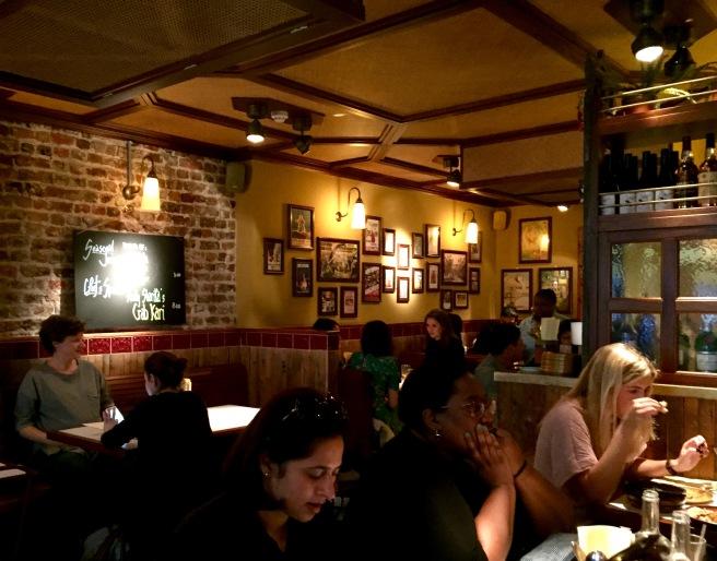 Hoppers_restaurant