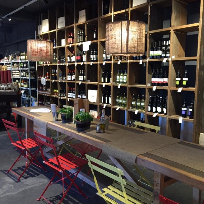 mercato_metropolitano_wine_wall