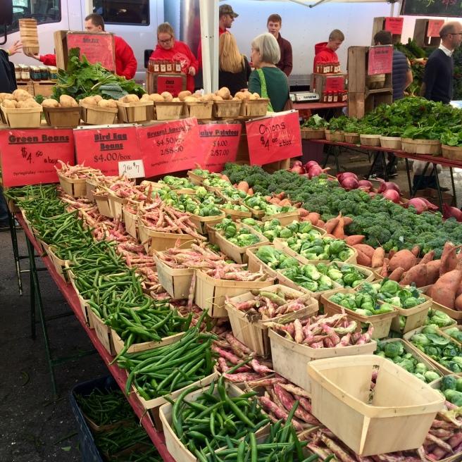 dupont_circle_farmers_market_1