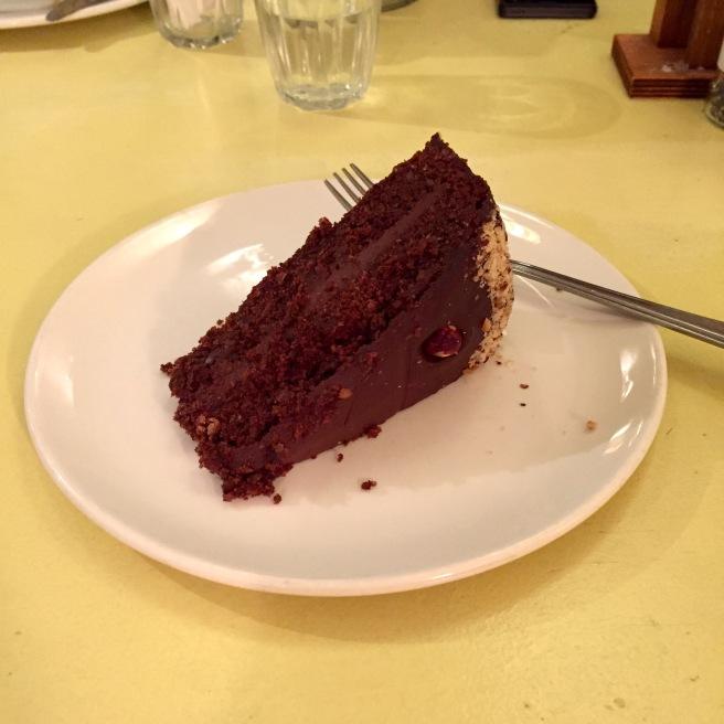 hendersons_vegan_cake