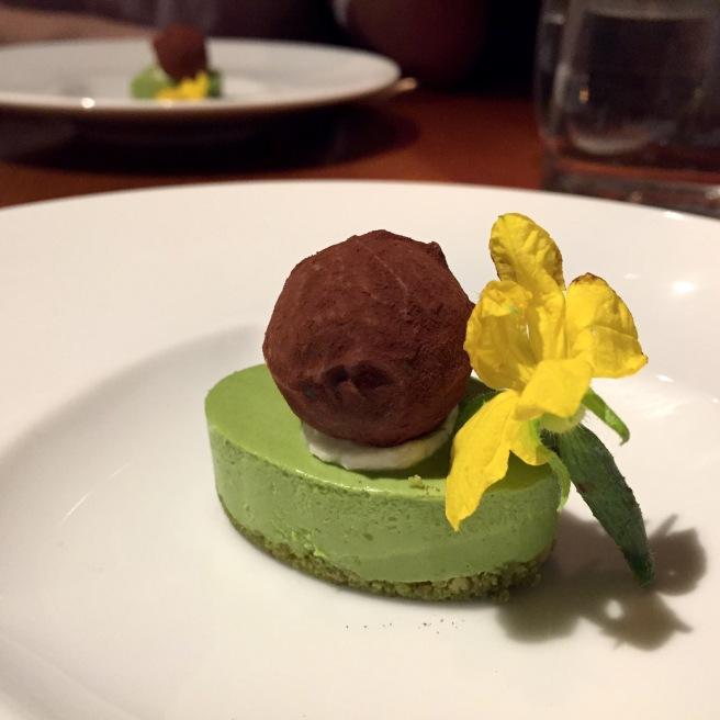 sakagura_matcha_cheesecake