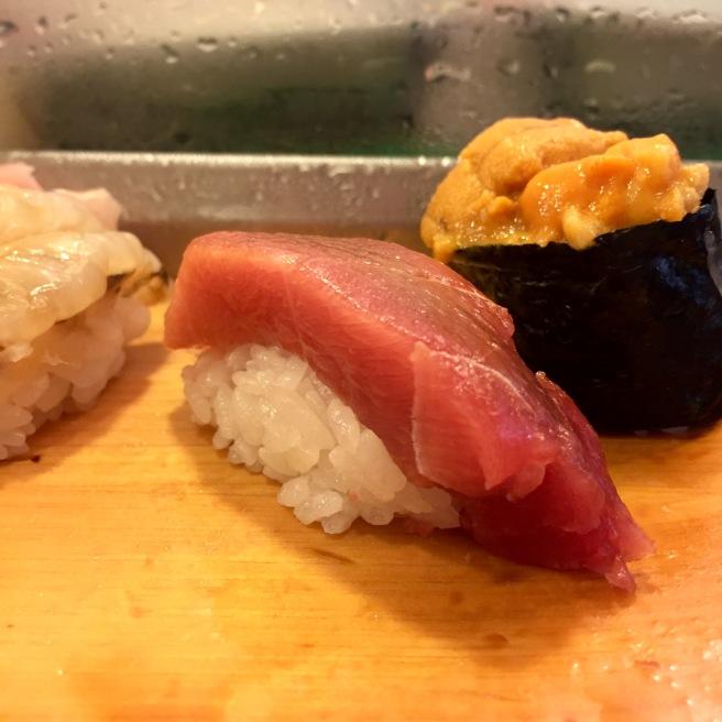 tsukiji_market_daiwa_sushi_tuna