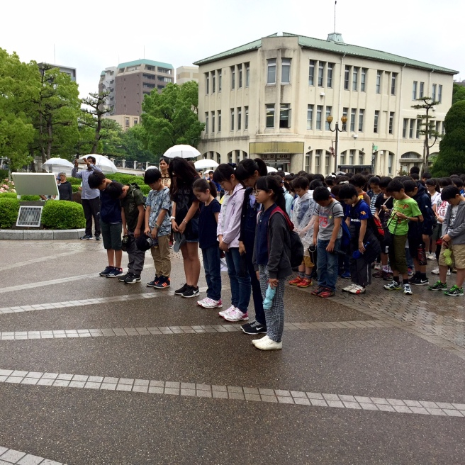 hiroshima_peace_park_children