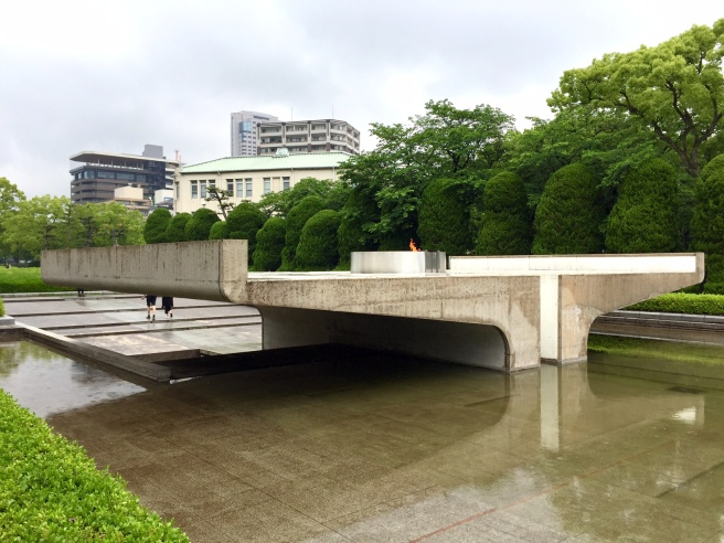 hiroshima_peace_park_flame