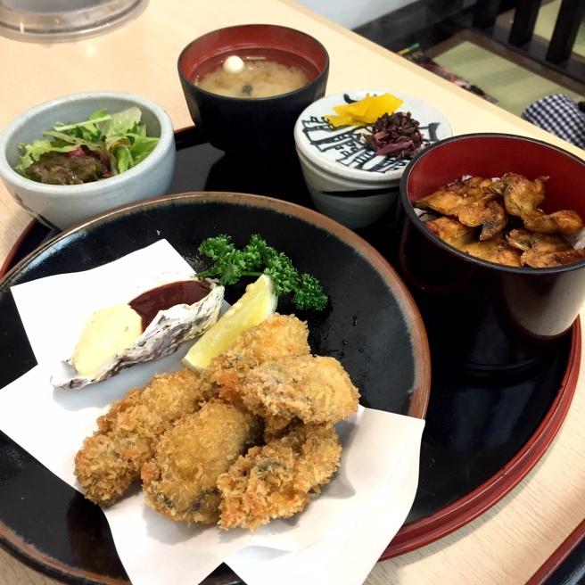 miyajima_oysters_1