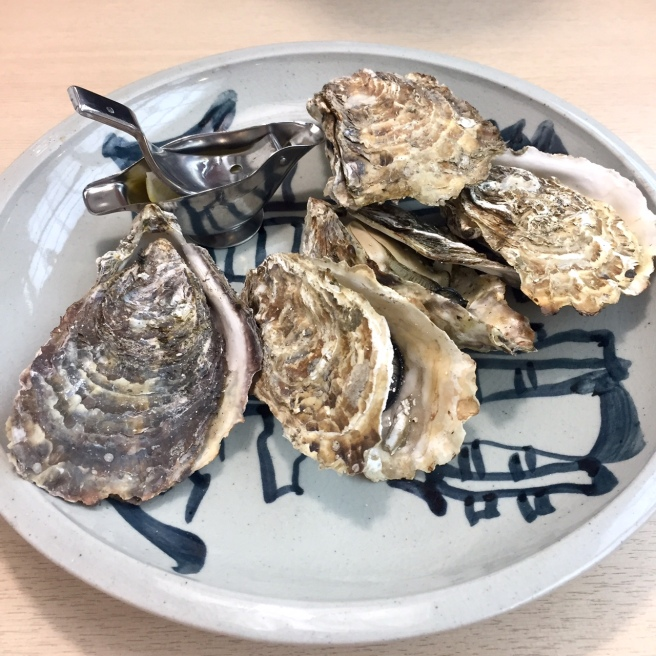 miyajima_oysters_2