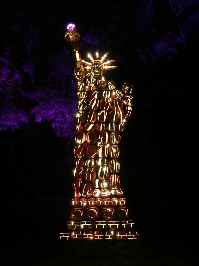 NYC_jack-o-lantern_blaze_3