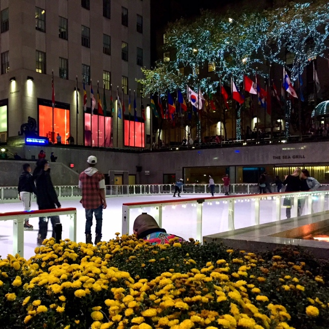 NYC_rockerfeller_center_ice_rink