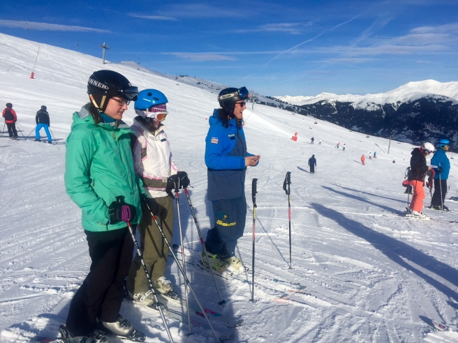 meribel_skiing_new_generation_school